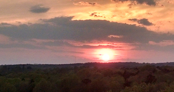 An April Sunset over the Appomattox River Valley (photo by Karen A. Bellenir)