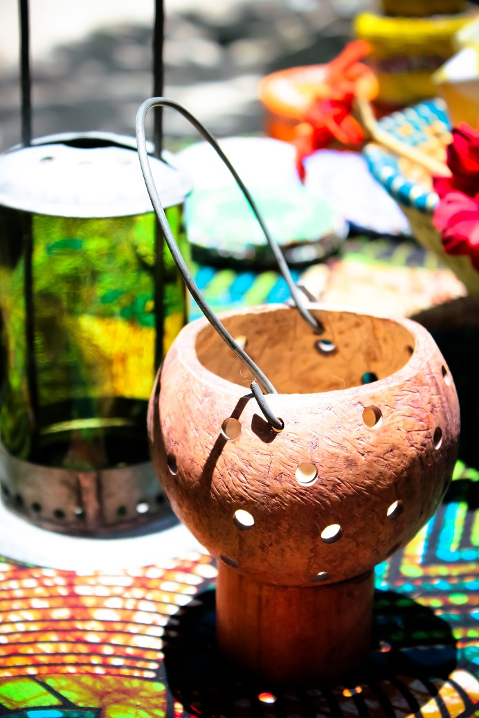 Tea-light holder hanger coconut made by Africraft.jpg