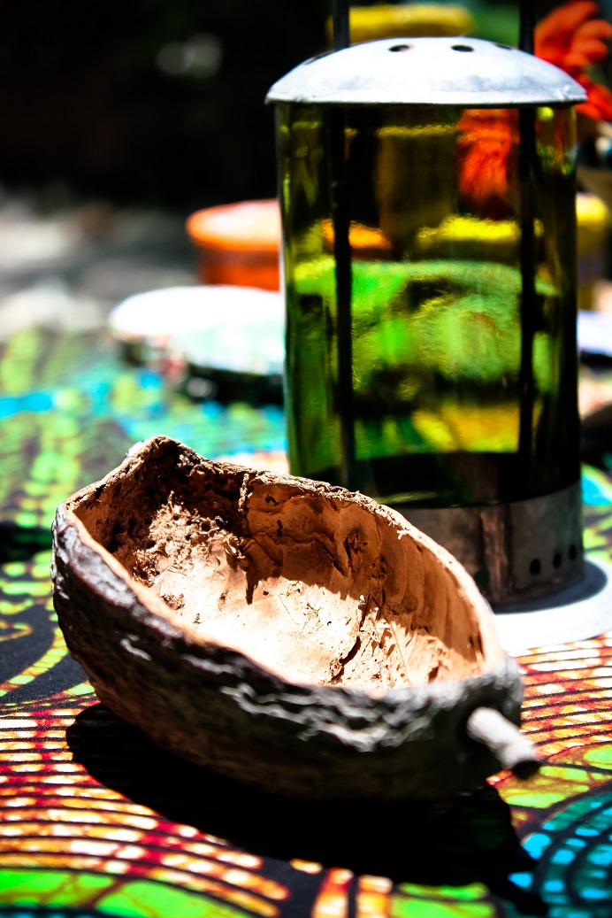 Table design tree seeds made by Africraft.jpg