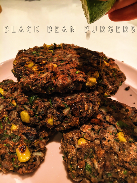 These black bean burgers stay nice and delicious for a few days in your fridge and are great for packing into your toddler's lunchbox. A great vegetarian addition to your weekly meals.