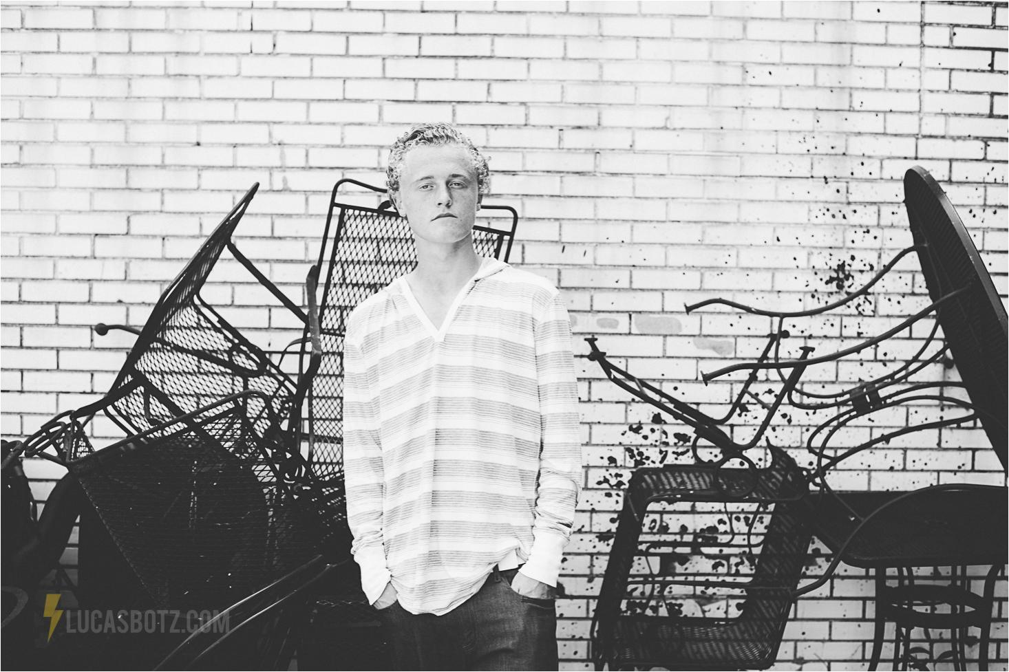 Downtown Minneapolis senior portraits lucas botz photography 12
