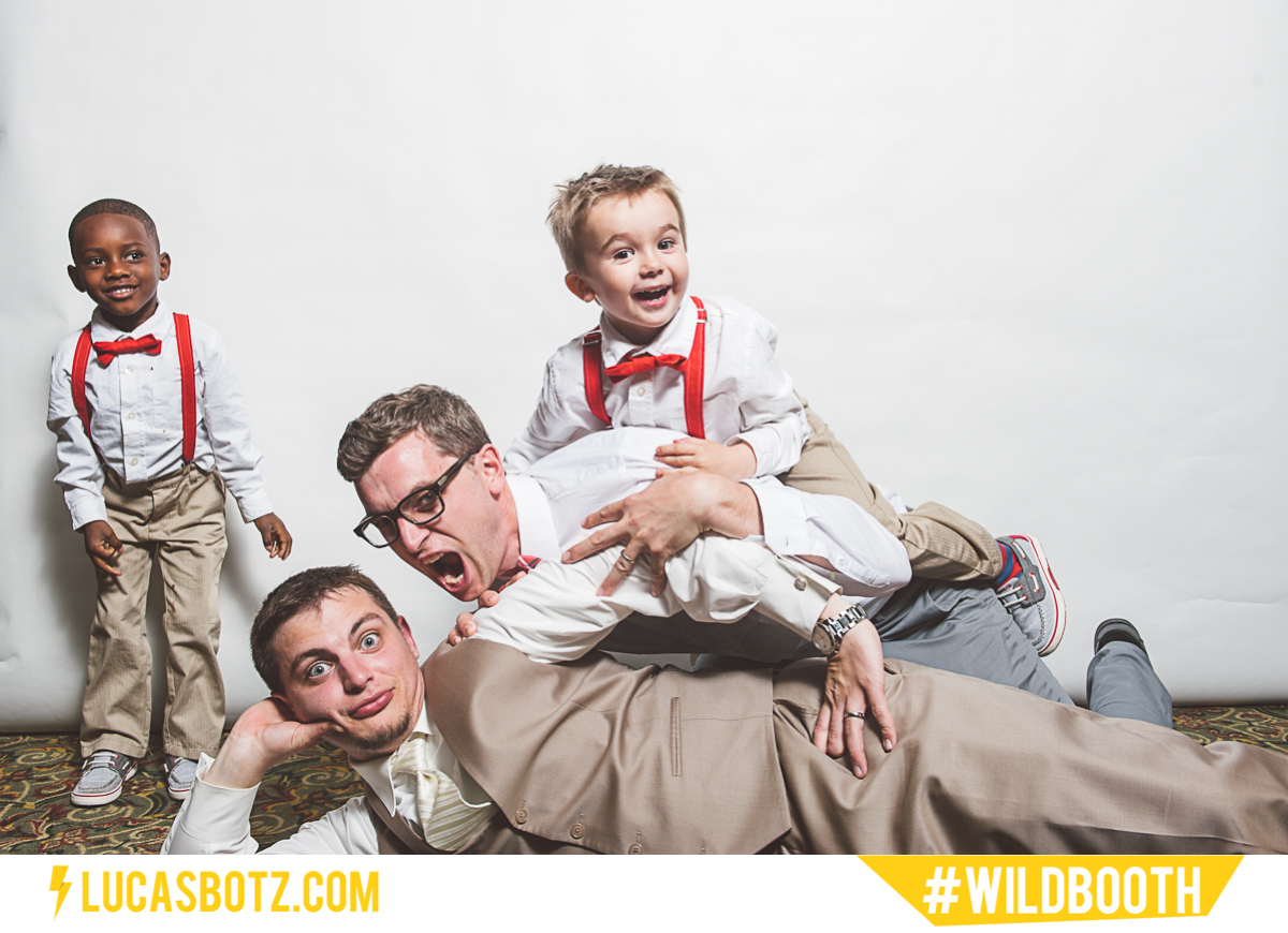 MN_Photobooth_wildbooth_St._Paul_Town_and_Country_Club-03.jpg