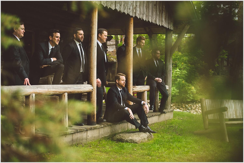 Old_Log_Theater_Minnetonka_wedding_photo_minneapolis_by_lucas_botz_photography_03.jpg