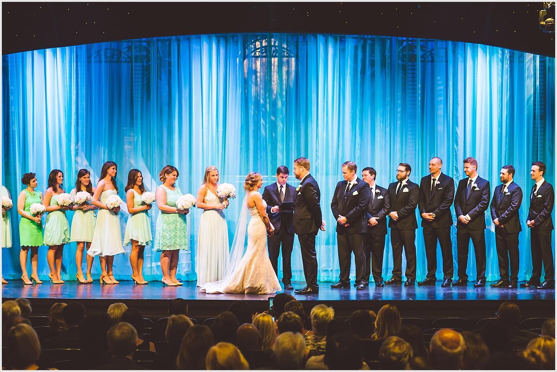 Old_Log_Theater_Minnetonka_wedding_photo_minneapolis_by_lucas_botz_photography_11.jpg