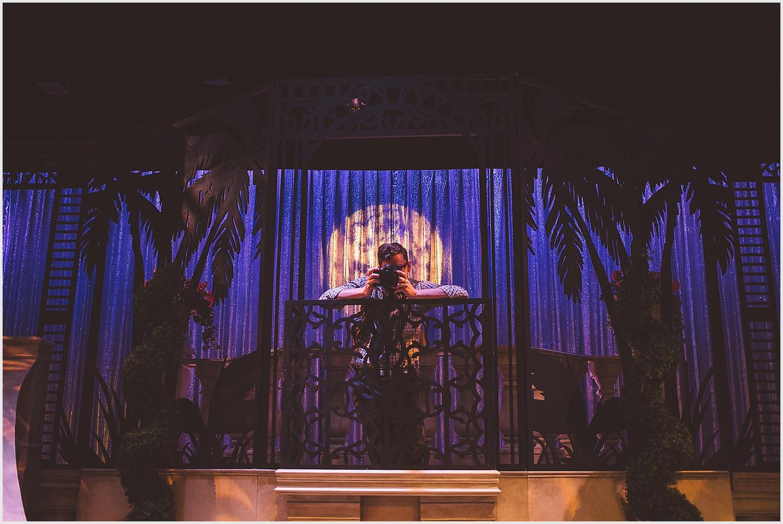 Old_Log_Theater_Minnetonka_wedding_photo_minneapolis_by_lucas_botz_photography_31.jpg