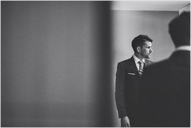 zaspels_Minneapolis_wedding_portraits_lucas_botz_photography_001.jpg