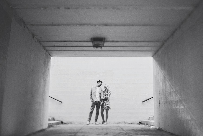 erika_alexa_Minneapolis_cedar_lake_engagement_lucas_botz_photography_0014.jpg