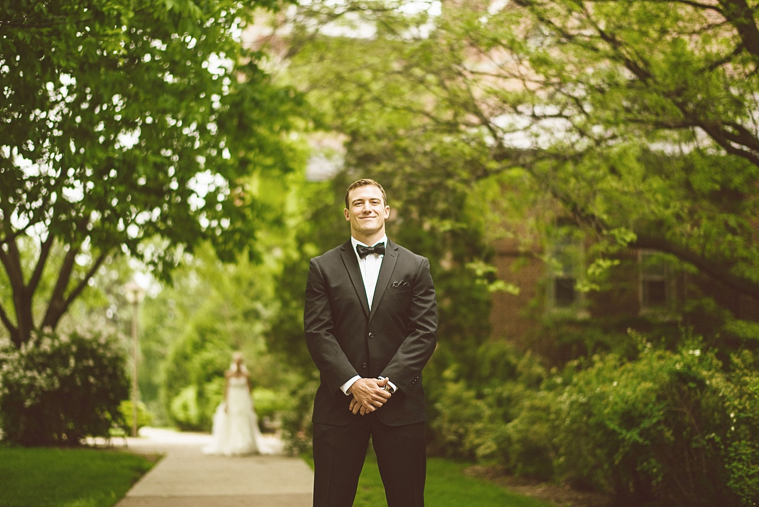 Tom_Alex_nicollet_island_wedding_by_lucas_botz_Photography_0001.jpg