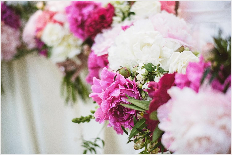 solar_arts_wedding_minneapolis_by_lucas_botz_photography_0026.jpg