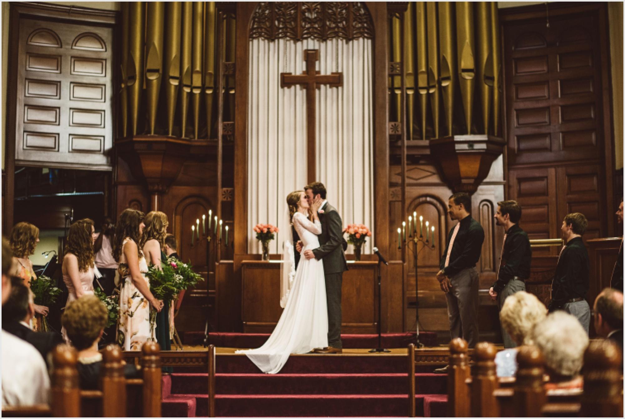 abby_taylor_minneapolis_wedding_lucas_botz_photography_154.jpg