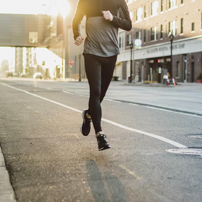 life_time_fitness_by_lucas_botz_128.jpg