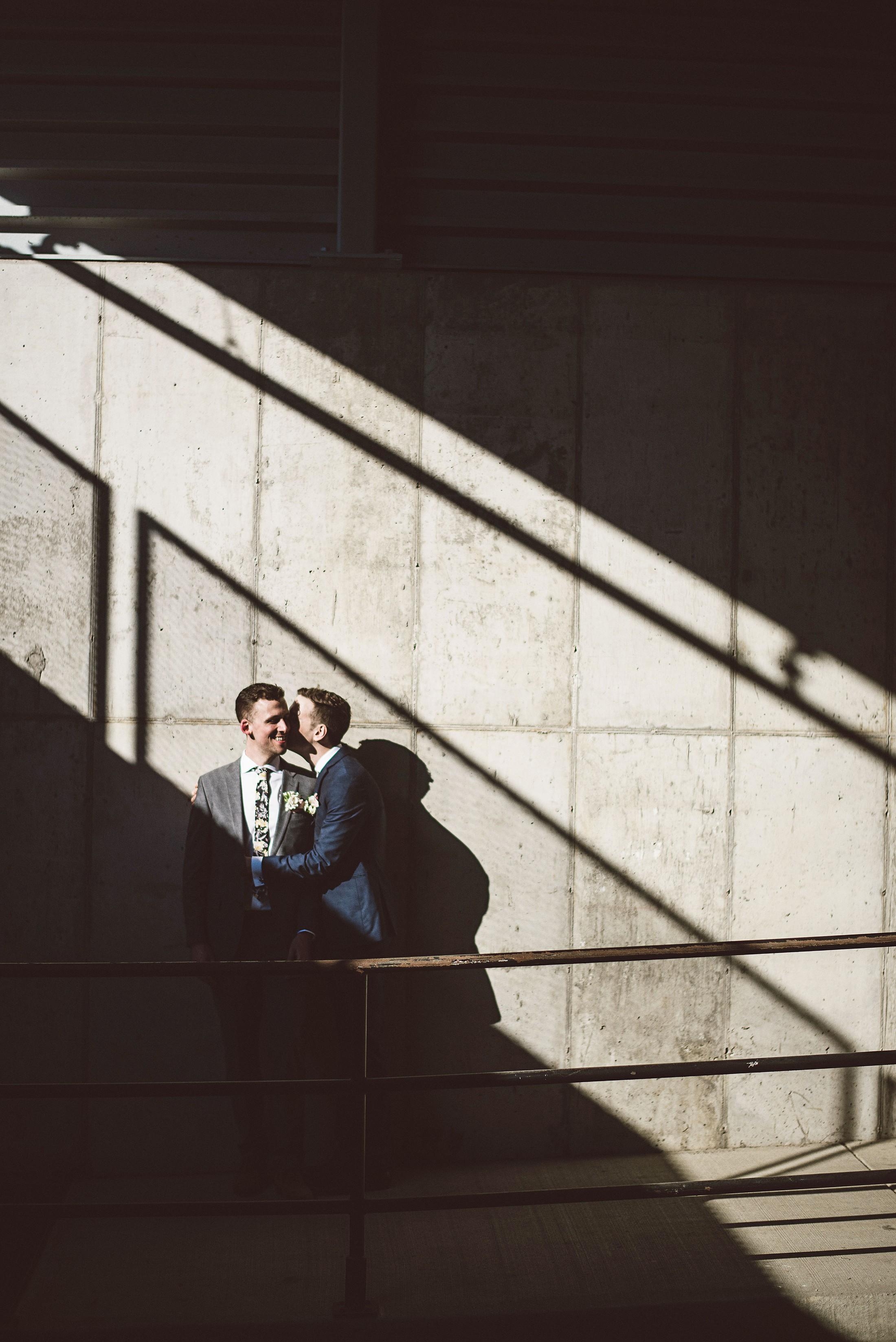 lgbt_wedding_minneapolis_photo_by_lucas_botz_photography_2018-01-04_0007.jpg