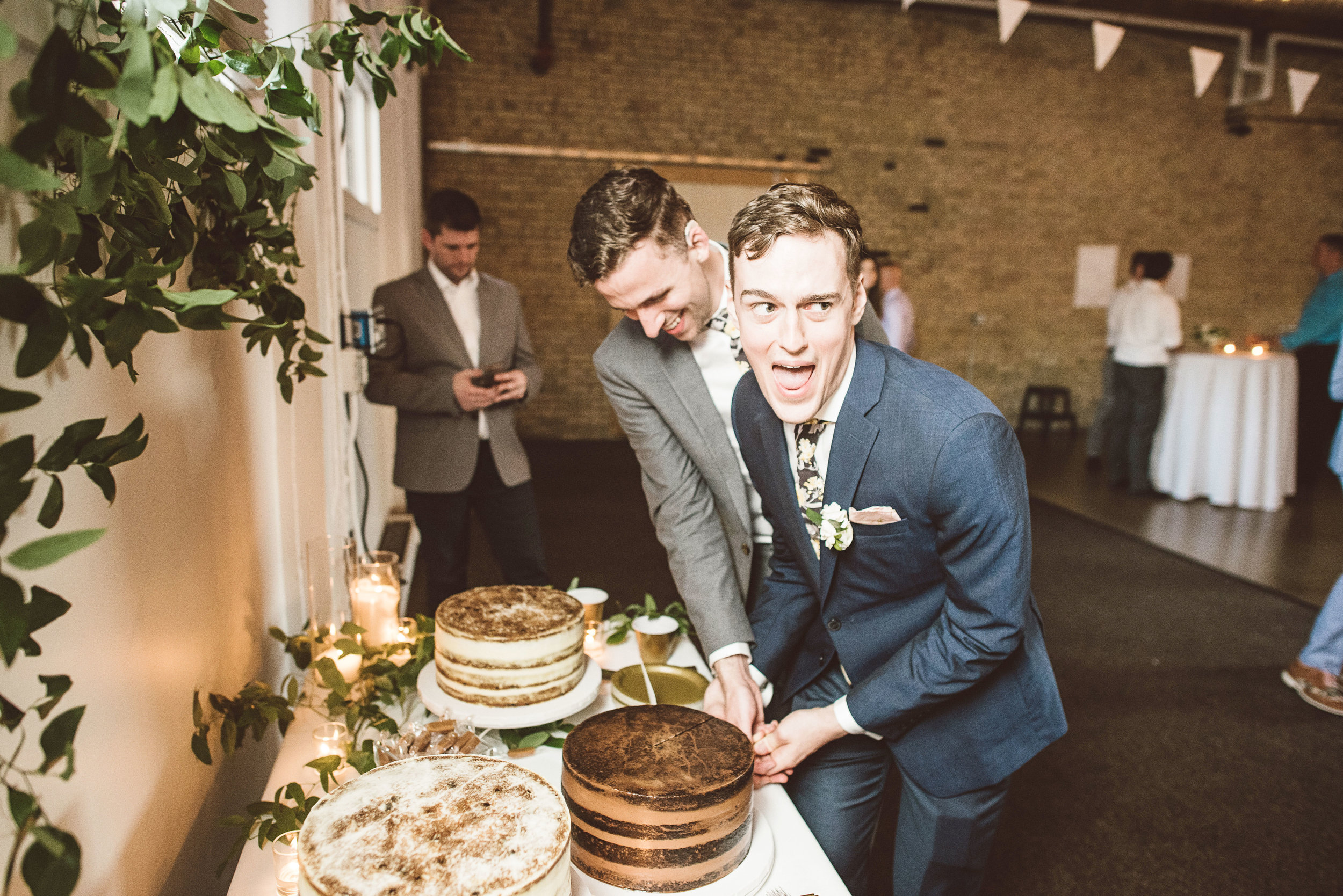 eric_derek_wedding_by_lucas_botz_photography_L75_5148.jpg