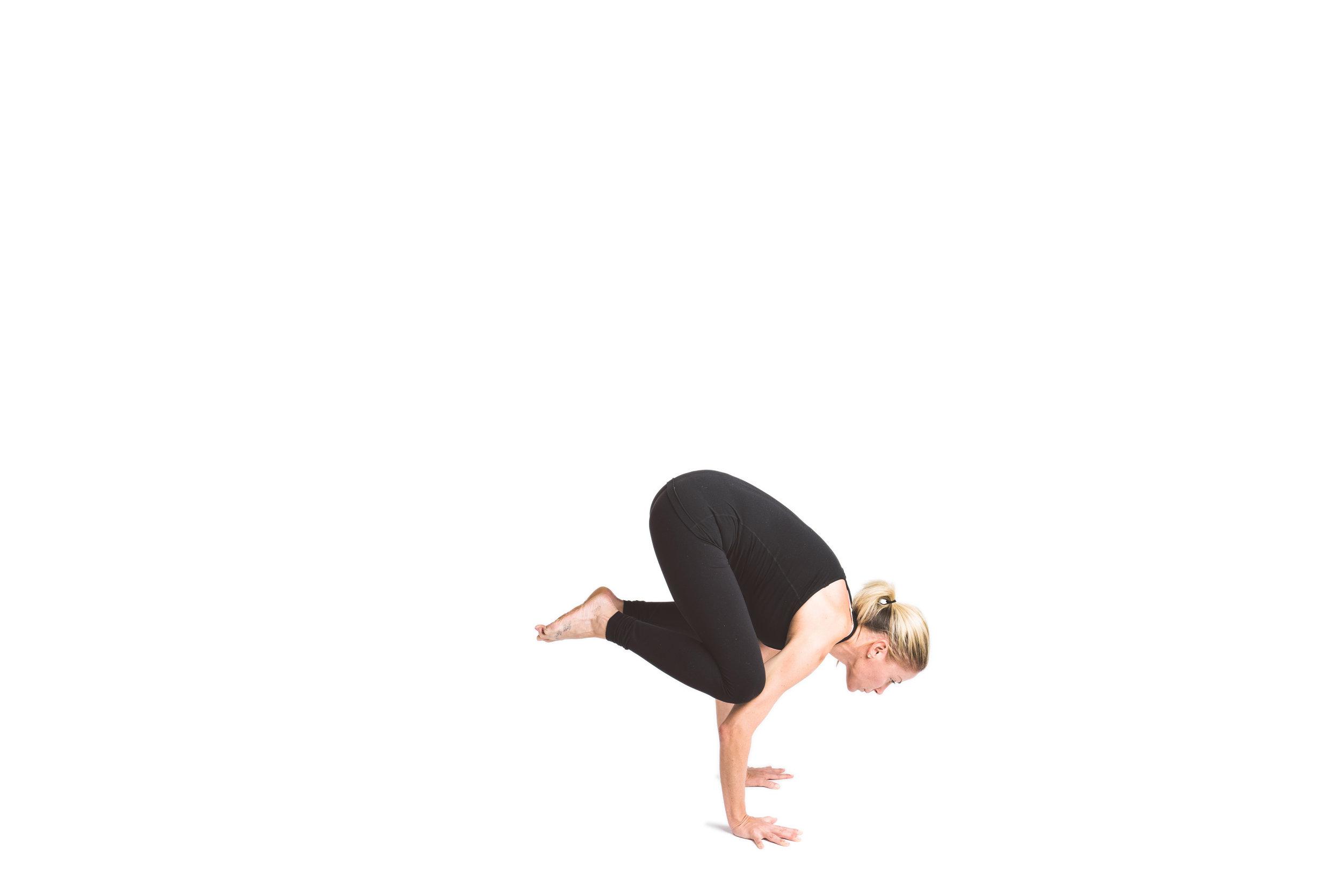 holy_yoga_by_lucas_botz_023.jpg