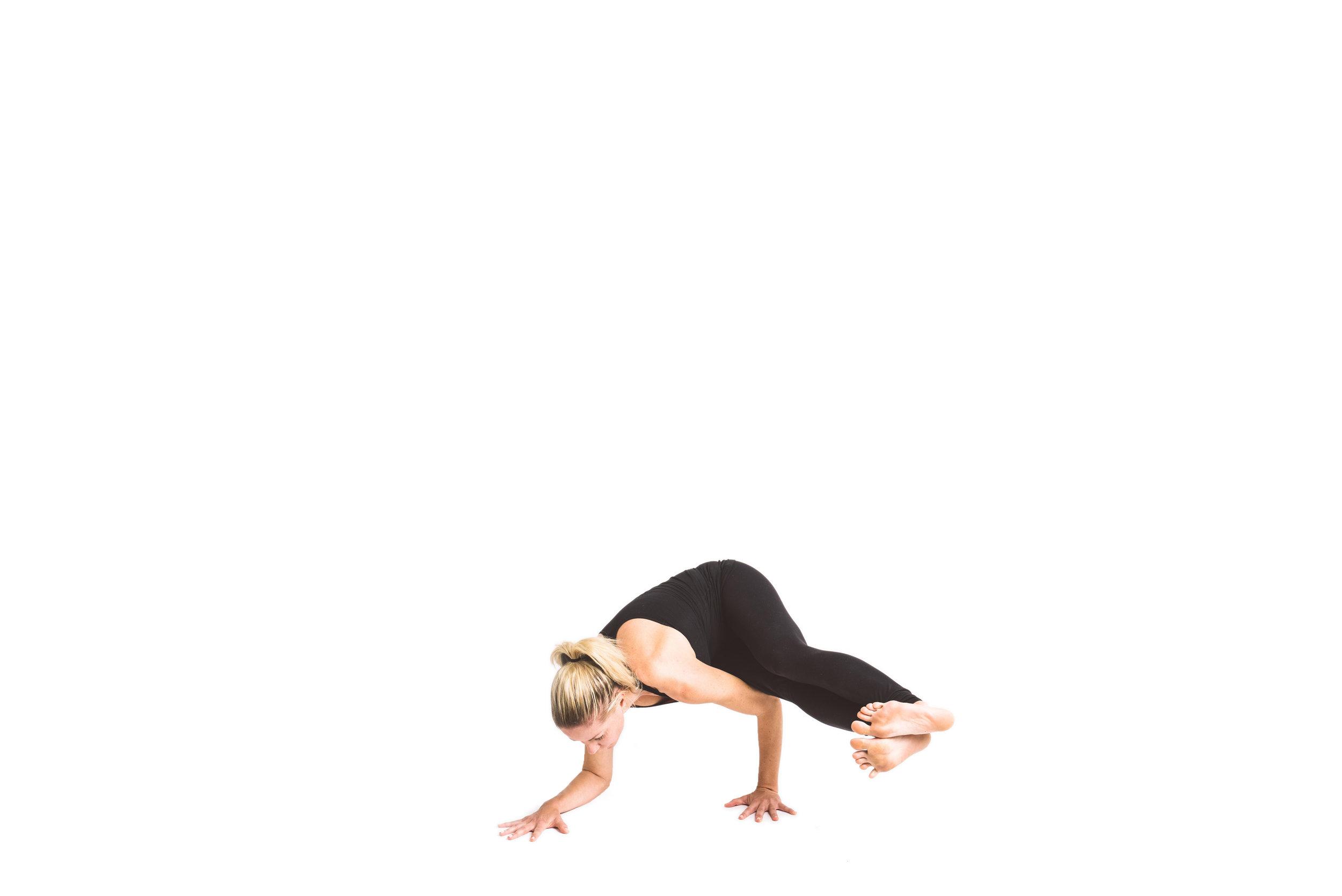 holy_yoga_by_lucas_botz_109.jpg
