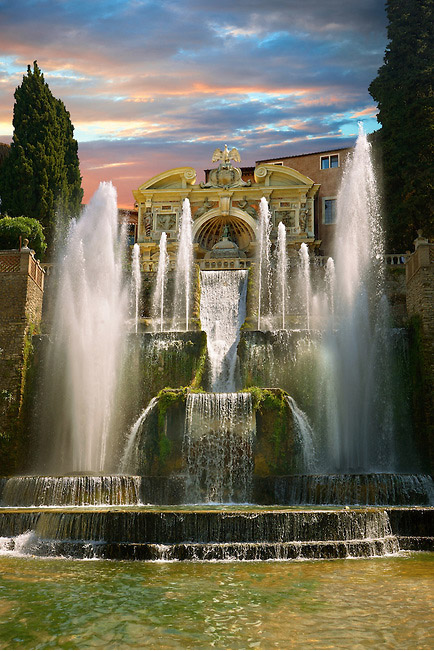 fountains Villa d'Este evening.jpg