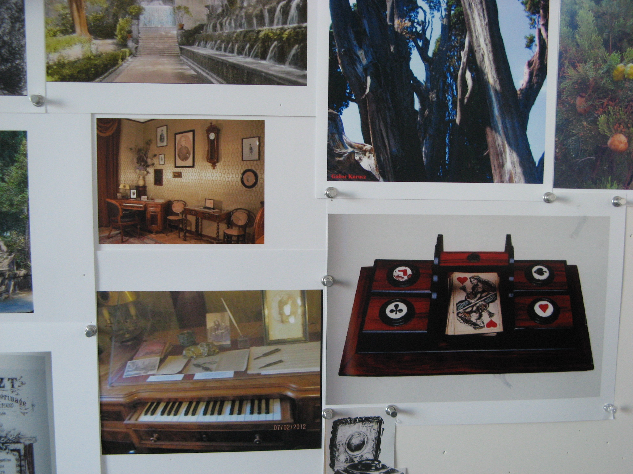 liszt composition desk, cards and inkwell.JPG