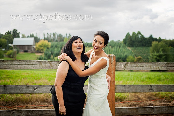 Portrait of mother and bride by Ripe Photography.