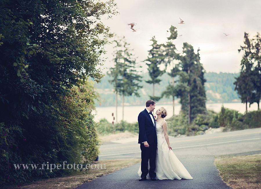 Portrait of bride and groom in Gig Harbor, Washington by Oregon wedding photographer Ripe Photography.