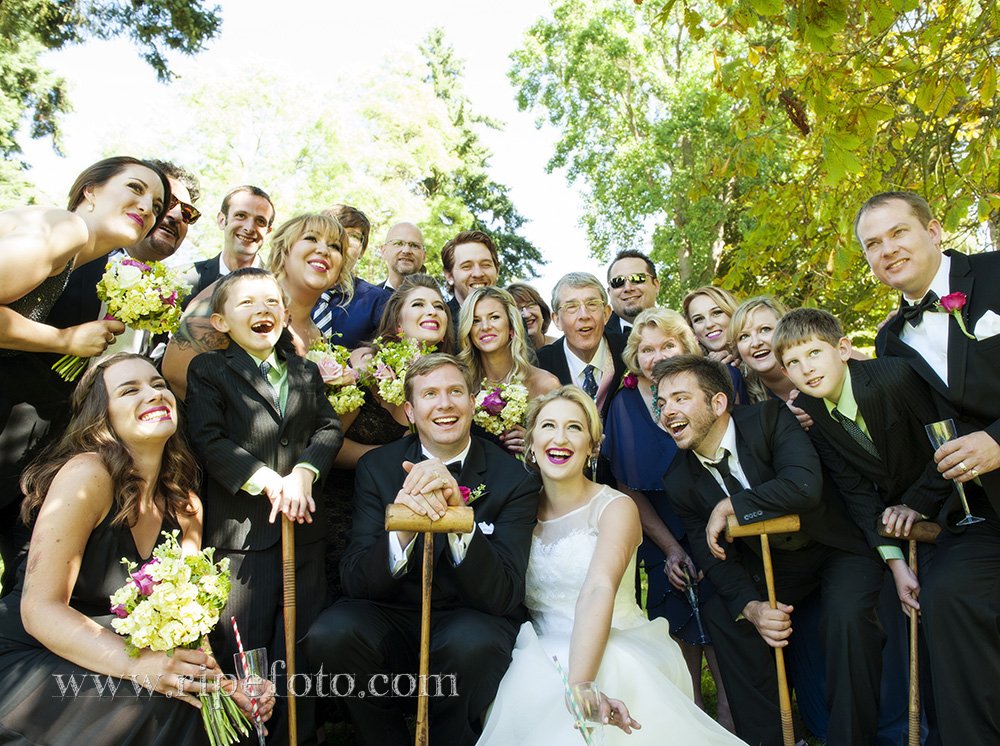 Portrait of wedding party in Tacoma, Washington by Oregon wedding photographer Ripe Photography.