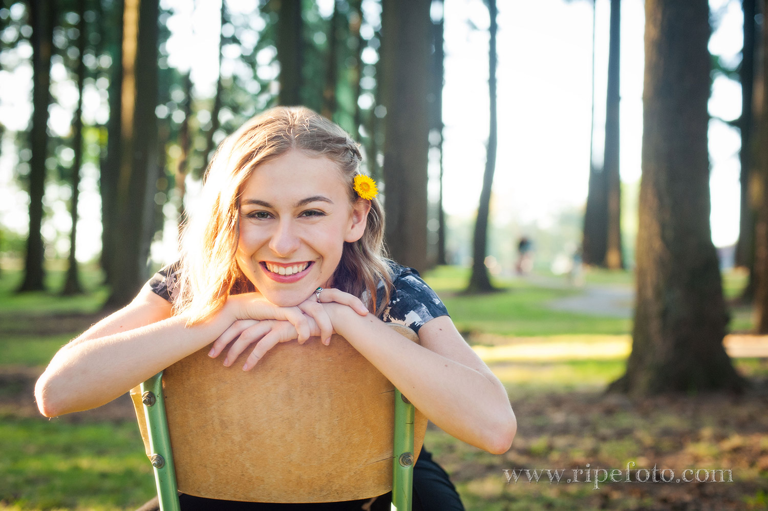 High school senior portrait of girl in wooded area by senior portrait photographers at Ripe Photography in Portland, Oregon.