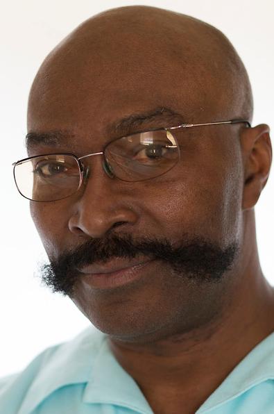 Reggie McMillian            Thomas Sr.