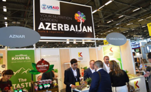ABOVE:Fruit and Vegetable exhibitors from Azerbaijan at the SIAL, Paris Trade Fair