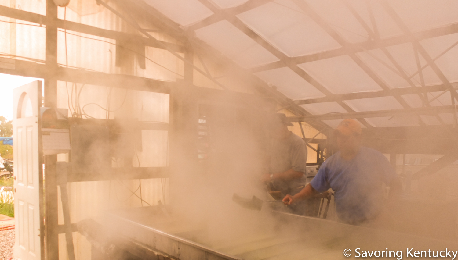 Cooking Country Rock sorghum in Woodford County, Kentucky
