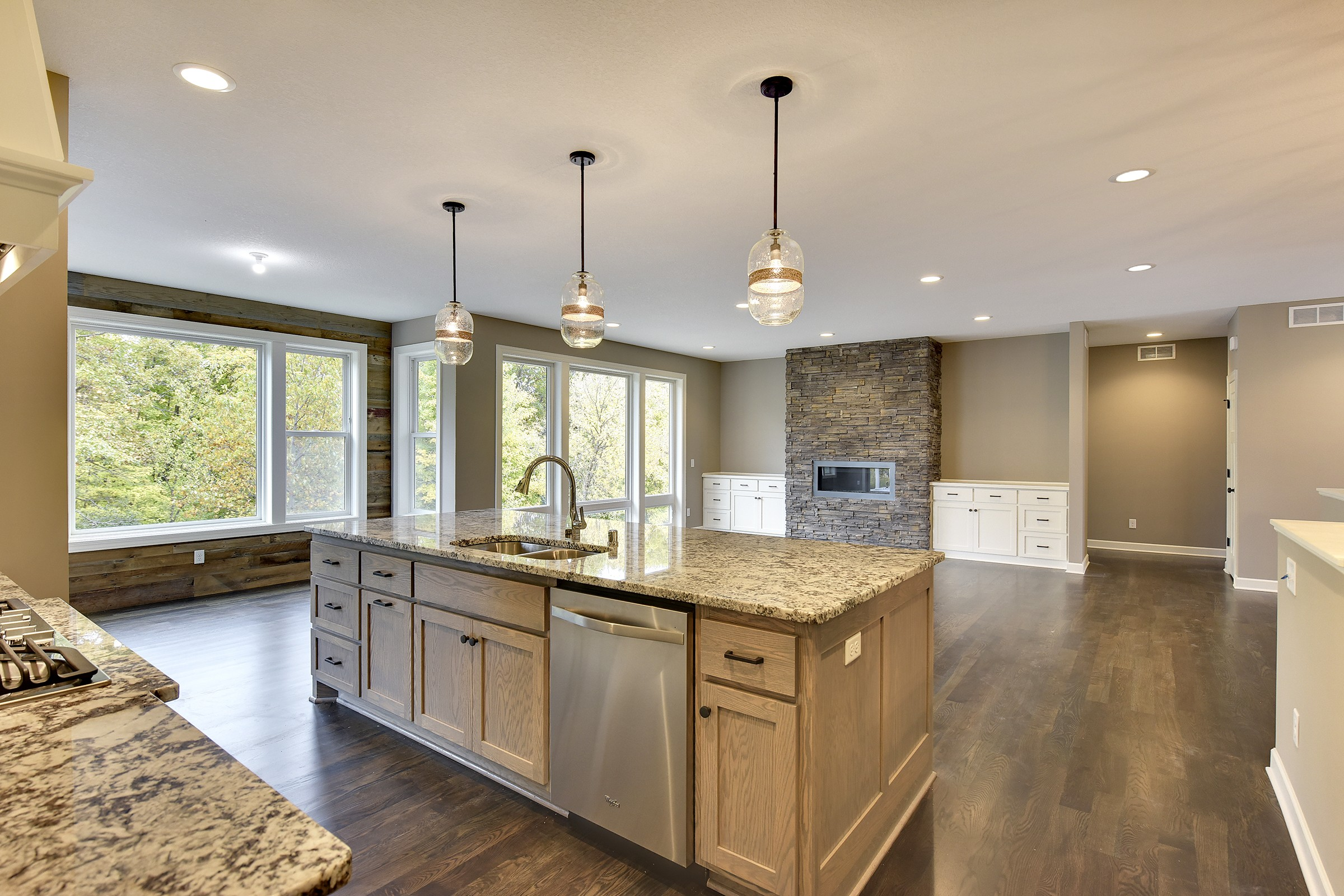 3615 Cavallo Pass   Click on image for a complete gallery for this home.