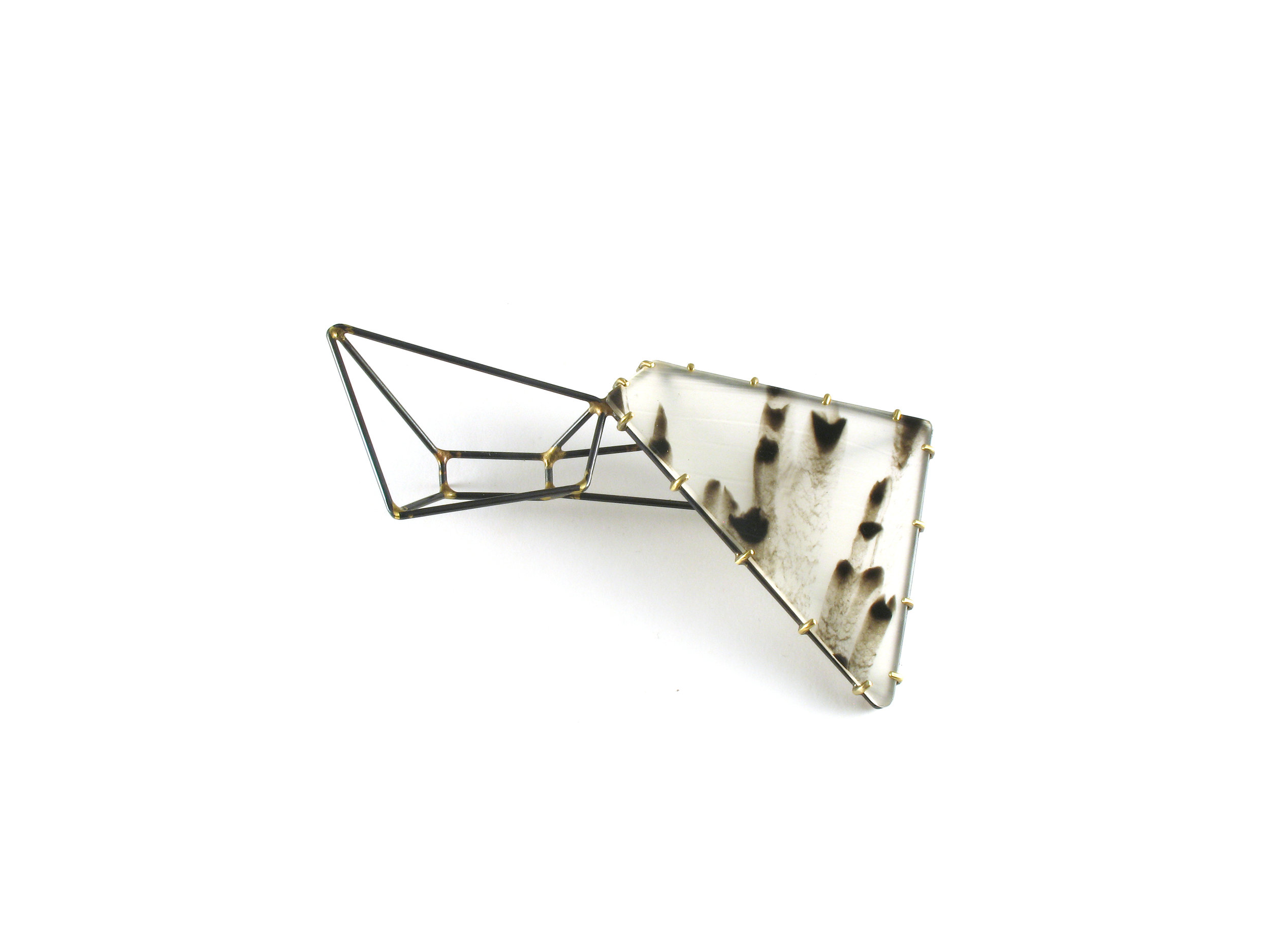Foundation Trapezoid Bowtie Brooch with Marbled Vinyl