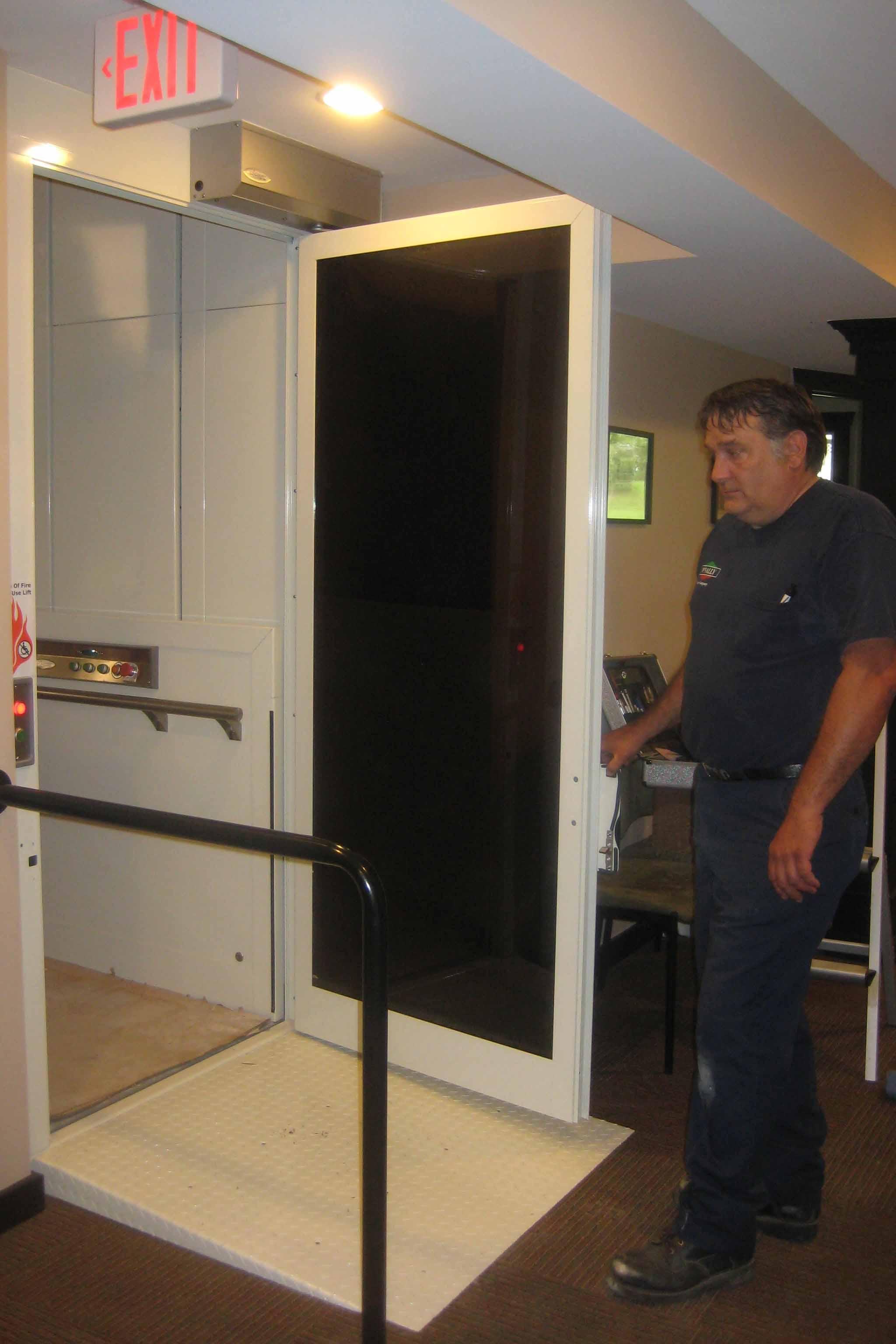 Lower Door No Pit - Ramp.jpg