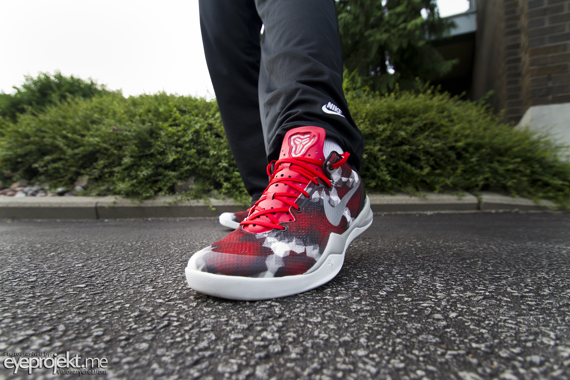 Nike Zoom Kobe VIII System \\ Red Boa