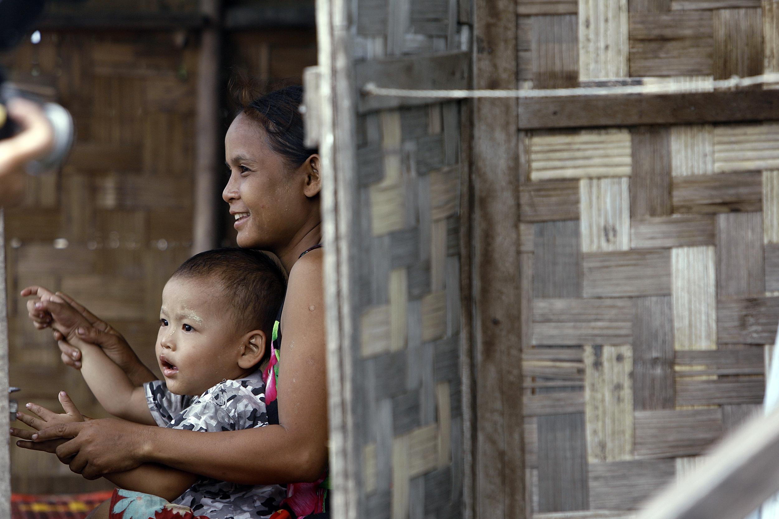 Mother & Child, Kyon Da village, Myanmar, 2009. Source: UN Photo/Mark Garten