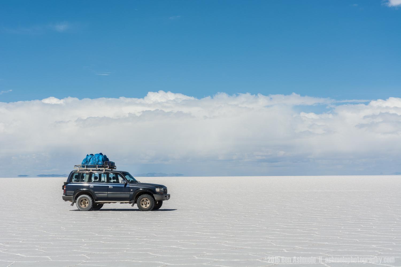 Lonely 4x4, Uyuni Salt Flat, Bolivia