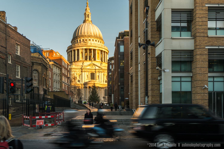 St Paul's Traffic, London, UK