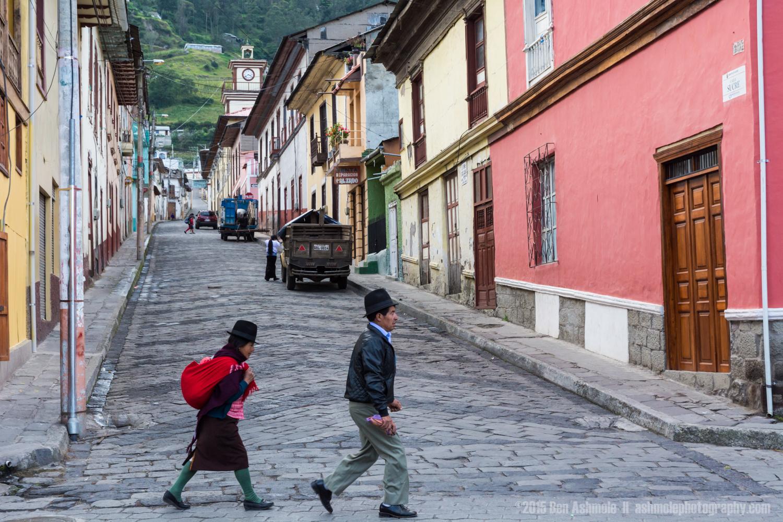 Walking, Alausi, Ecuador