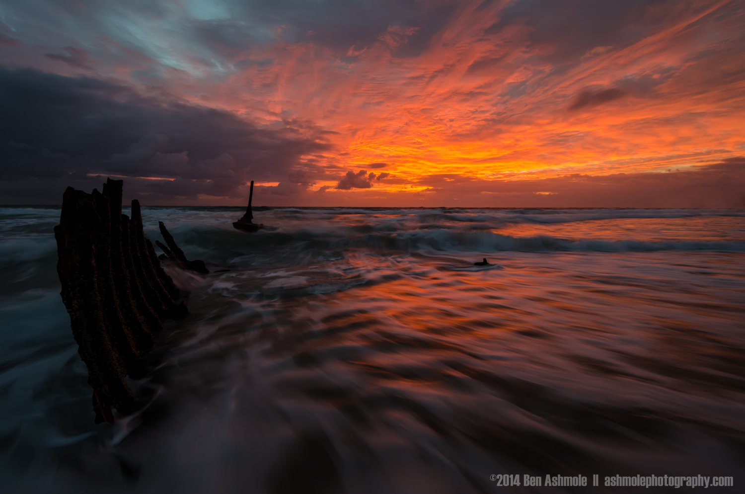 Waves On The Wreck, Dicky Beach, Queensland, Australia