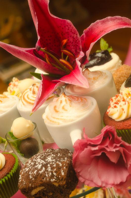 Jessica Meyerowitz - New Age Wedding Cake 6