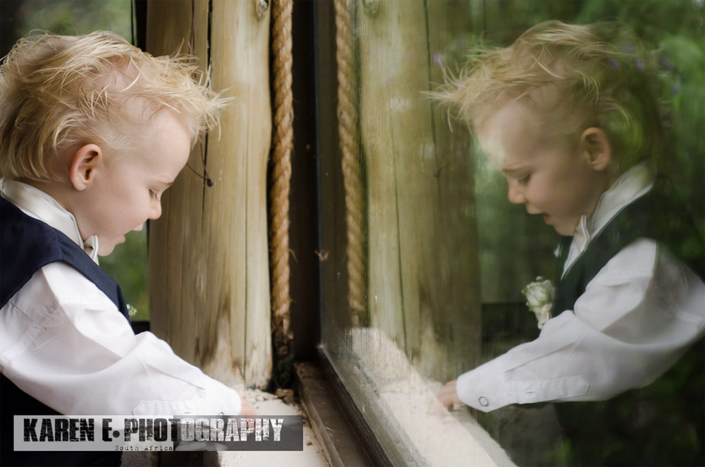 karen-e-photography-wedding-page-boy.jpg