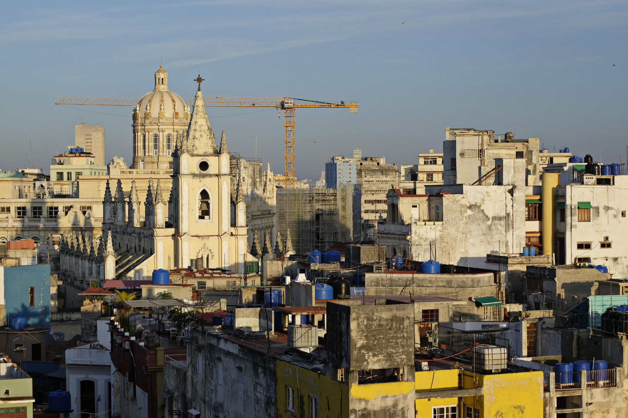 Havana's only construction crane served as a good waypoint for these wandering travelers.