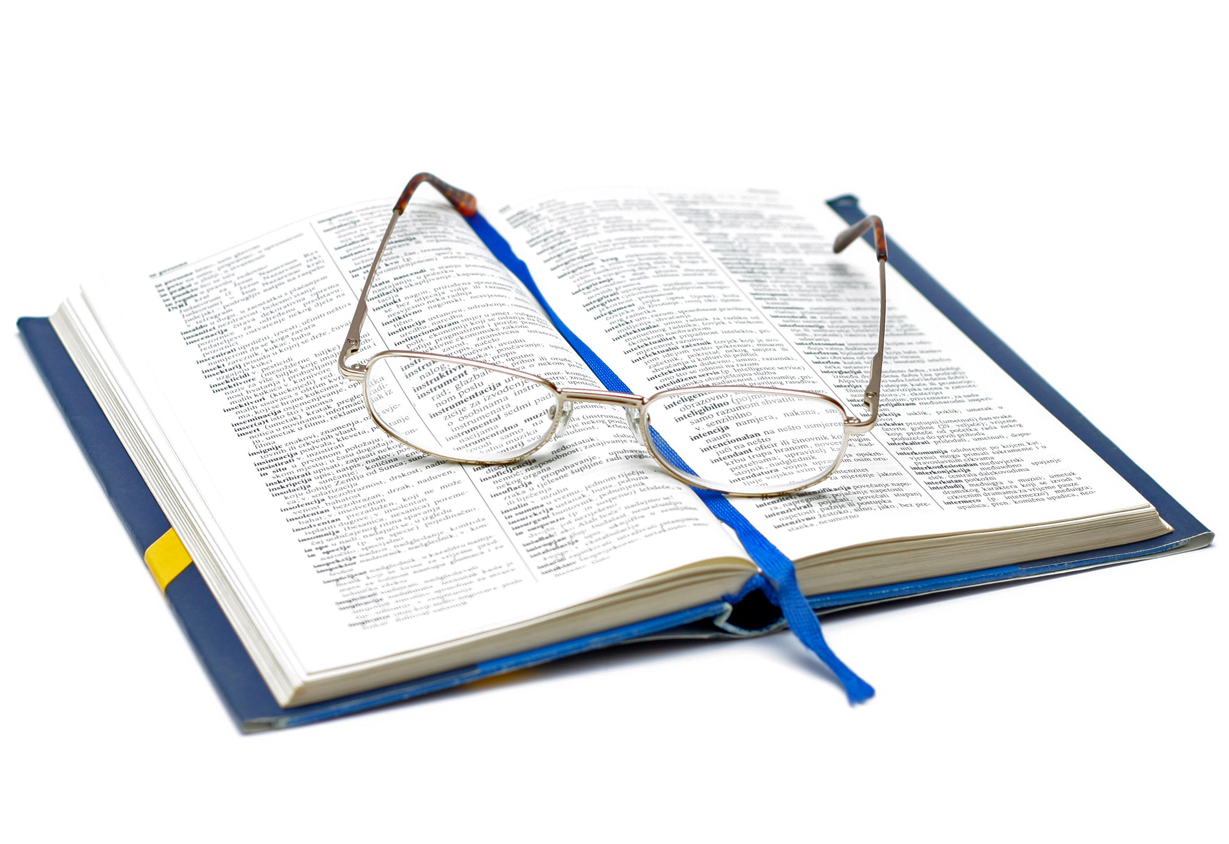 Book_and_Glasses.jpg