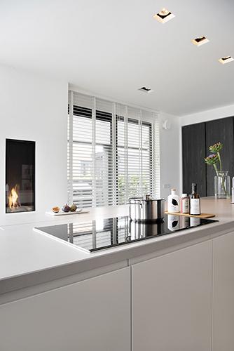 NOMAA haringbuys aerdenhout n201 zandvoorterweg gezina van der molenlaan stijlvol wonen modern landelijk strak riet stuc wit zwart architect interieur_6.jpg