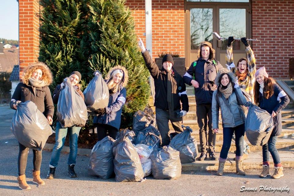 """Cleaning up trash in our village of Sola! """"Gud elsker Sola"""""""