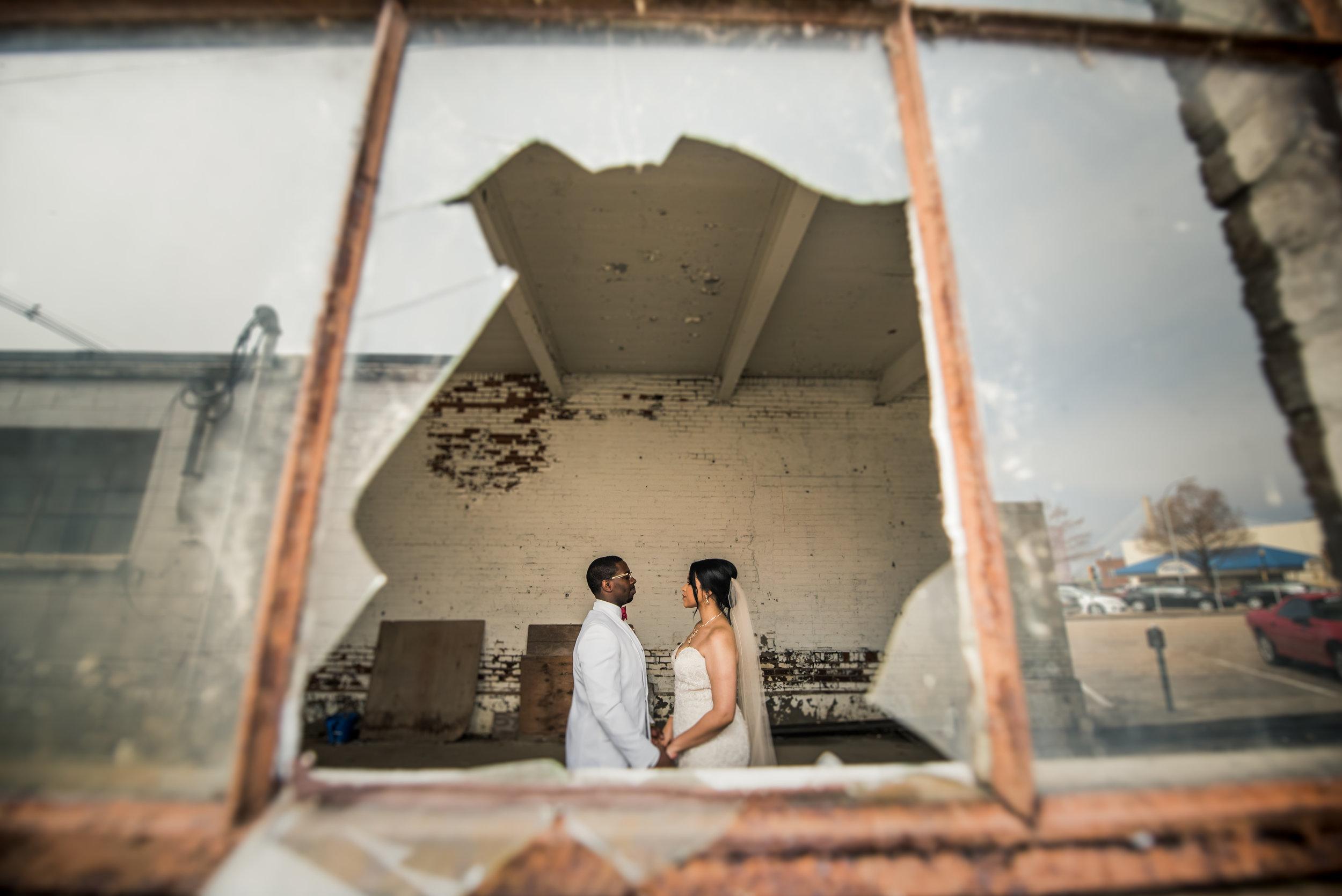 Burlington Iowa Wedding Midwest Photographer Melissa Cervantes _ Chantelle and Isaiah 320a.jpg