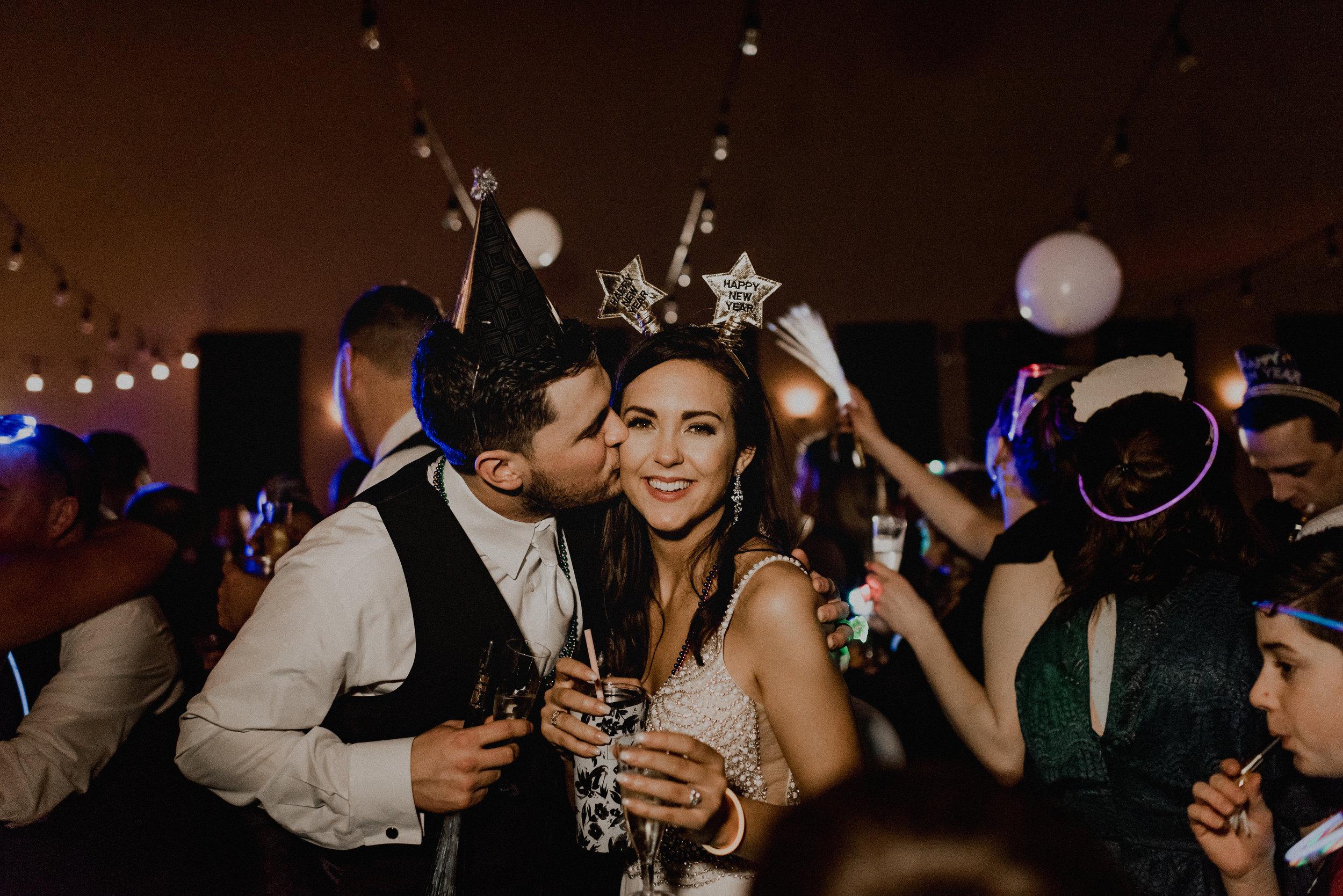 Melissa Cervantes Photography - Iowa + Midwest + Destination Wedding + Elopement Photographer - Burling Wedding - -1187.JPG