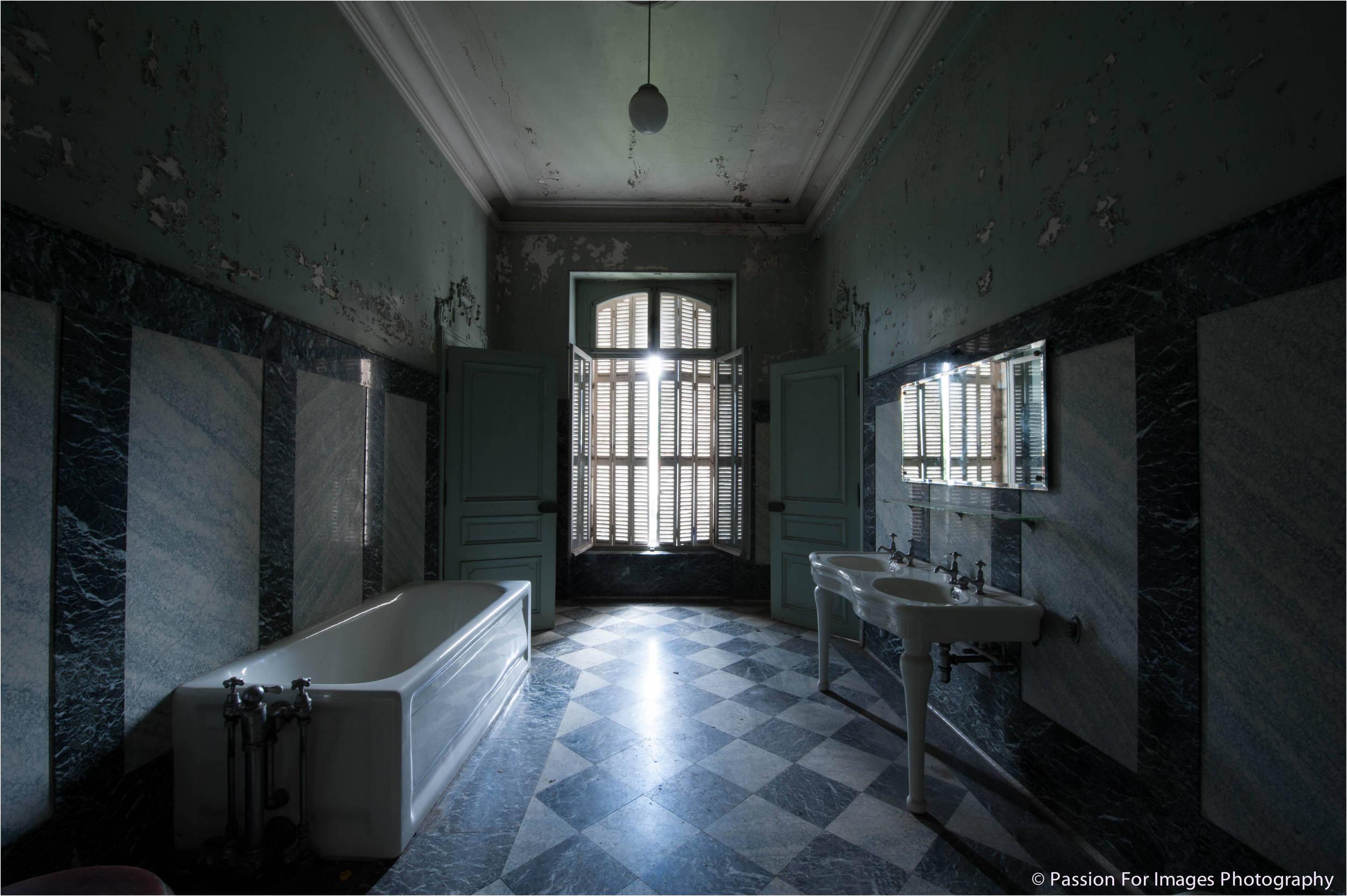 PFI__D7C0584_2014_08_Chateau_Lumiere.jpg