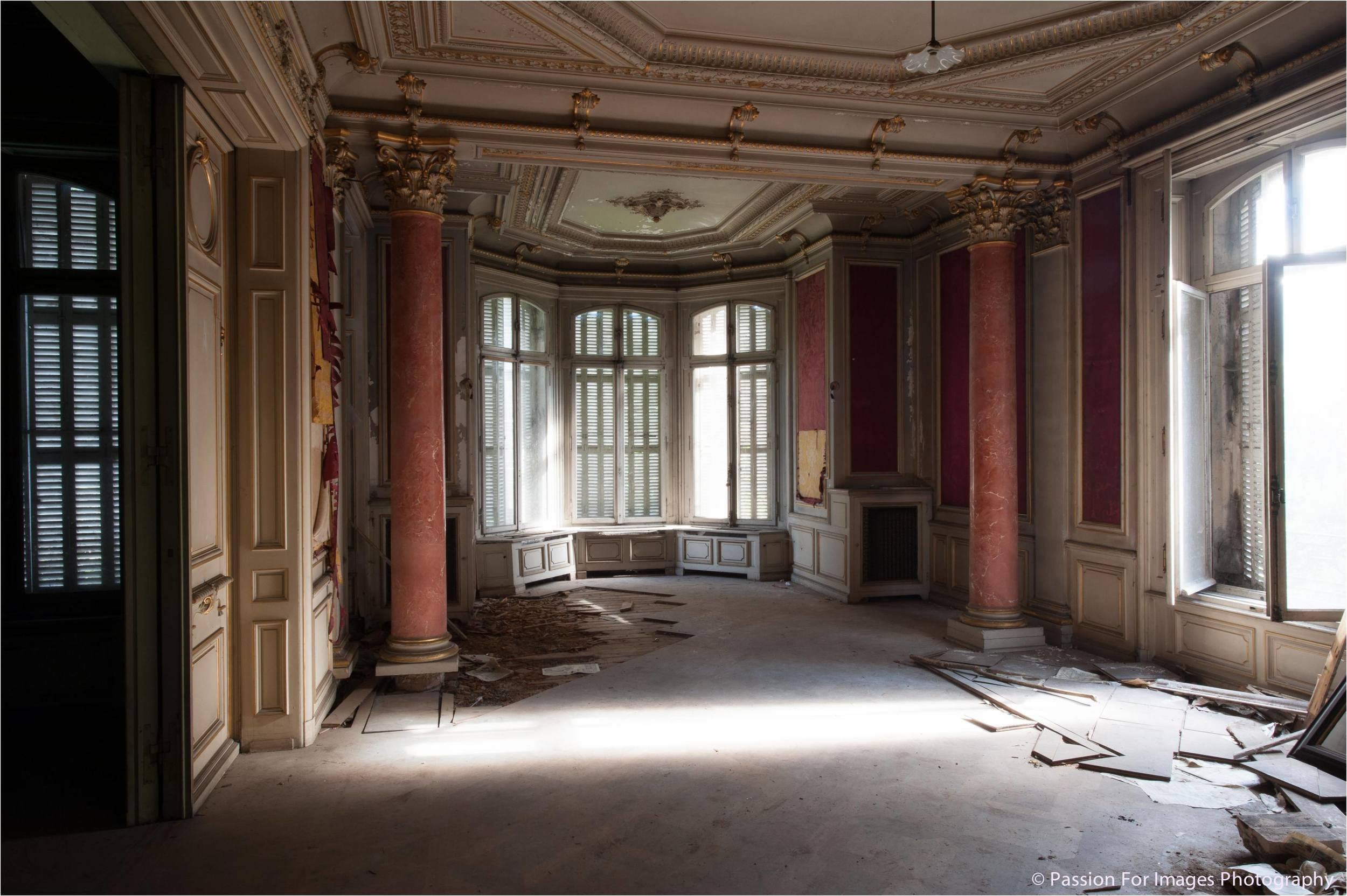 PFI__D7C0672_2014_08_Chateau_Lumiere.jpg