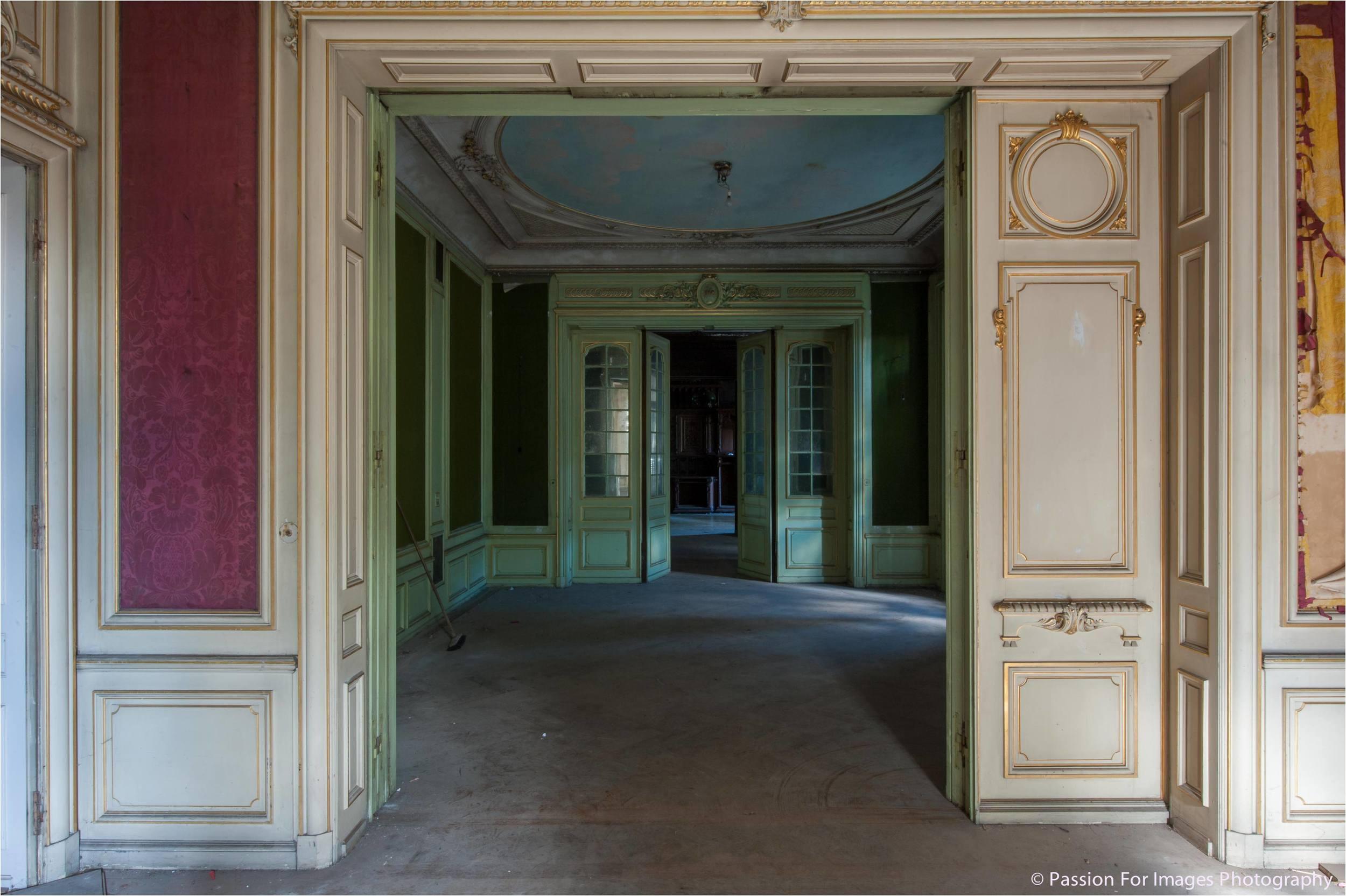 PFI__D7C0675_2014_08_Chateau_Lumiere.jpg