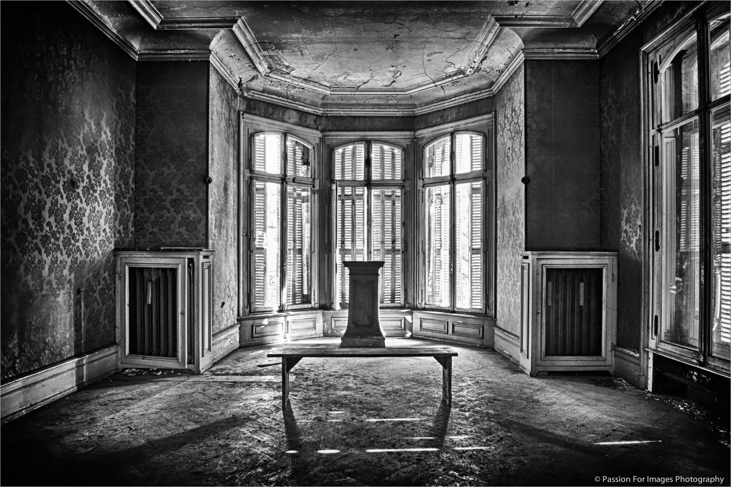 PFI__D7C0629_2014_08_Chateau_Lumiere_HDR-Edit.jpg