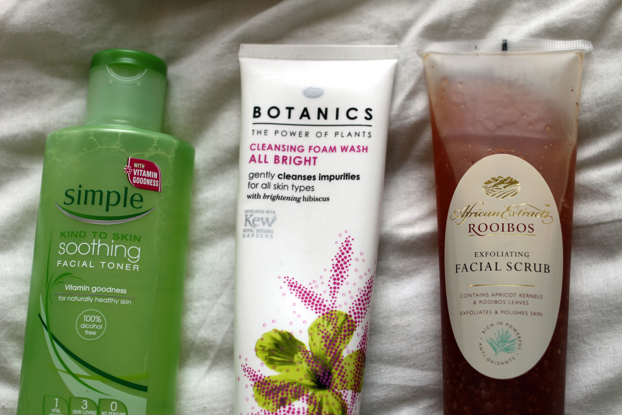 Simple Soothing Facial Toner / Boots Botanics Brightening Facial Cleaners / African Extract Rooibos Facial Scrub / Second Floor Flat
